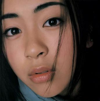 1998年宇多田ヒカルデビュー当時の画像.png