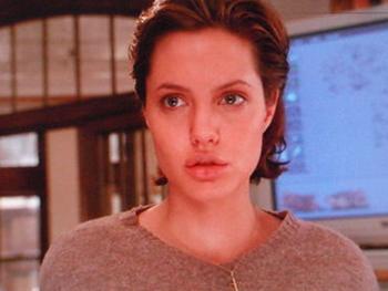 1999年ボーンコレクターのアンジー画像.png