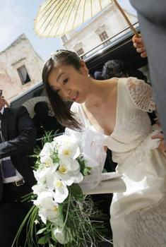 2014年宇多田ヒカルの結婚式の画像.png