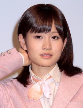 前田敦子の整形2011年エラ画像.png