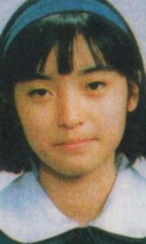 大江麻理子アナの卒業アルバム画像.png