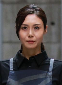 松嶋菜々子の家政婦のミタメイク画像.png