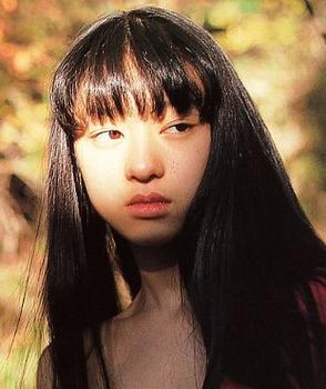 栗山千明の13歳写真集画像.png