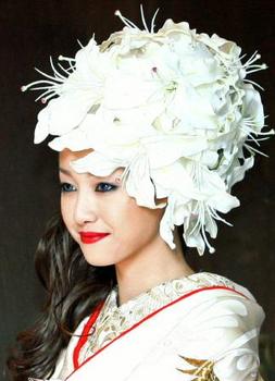 沢尻エリカの結婚式のメイク画像.png