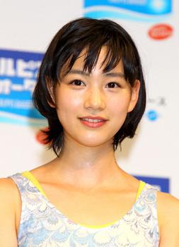能年玲奈の整形2012年カルピス画像.png